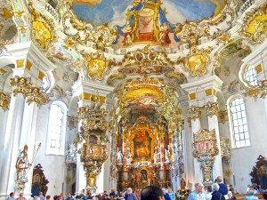 Неожиданная метаморфоза Церкви На Лугу, или самая неожиданная достопримечательность Баварии.