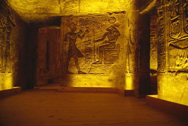 что внутри пирамиды в египте фото