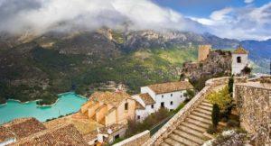 Испанский Гуадалест — город, затерянный в горах