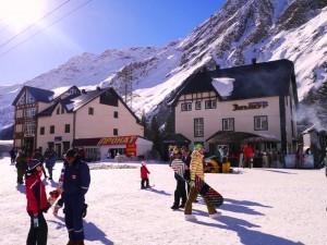Эльбрус горнолыжный курорт в Кабардино-Балкарии